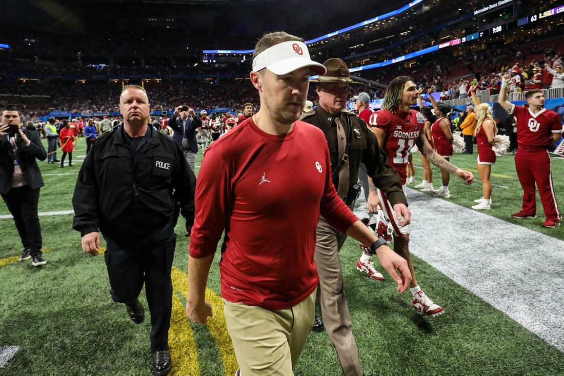 Dec 28, 2019; Atlanta, Georgia, USA; Oklahoma Sooners head coach Lincoln Riley walks off the field after the 2019 Peach Bowl college football playoff semifinal game between the LSU Tigers and the Oklahoma Sooners at Mercedes-Benz Stadium. Mandatory Credit: Jason Getz-USA TODAY Sports
