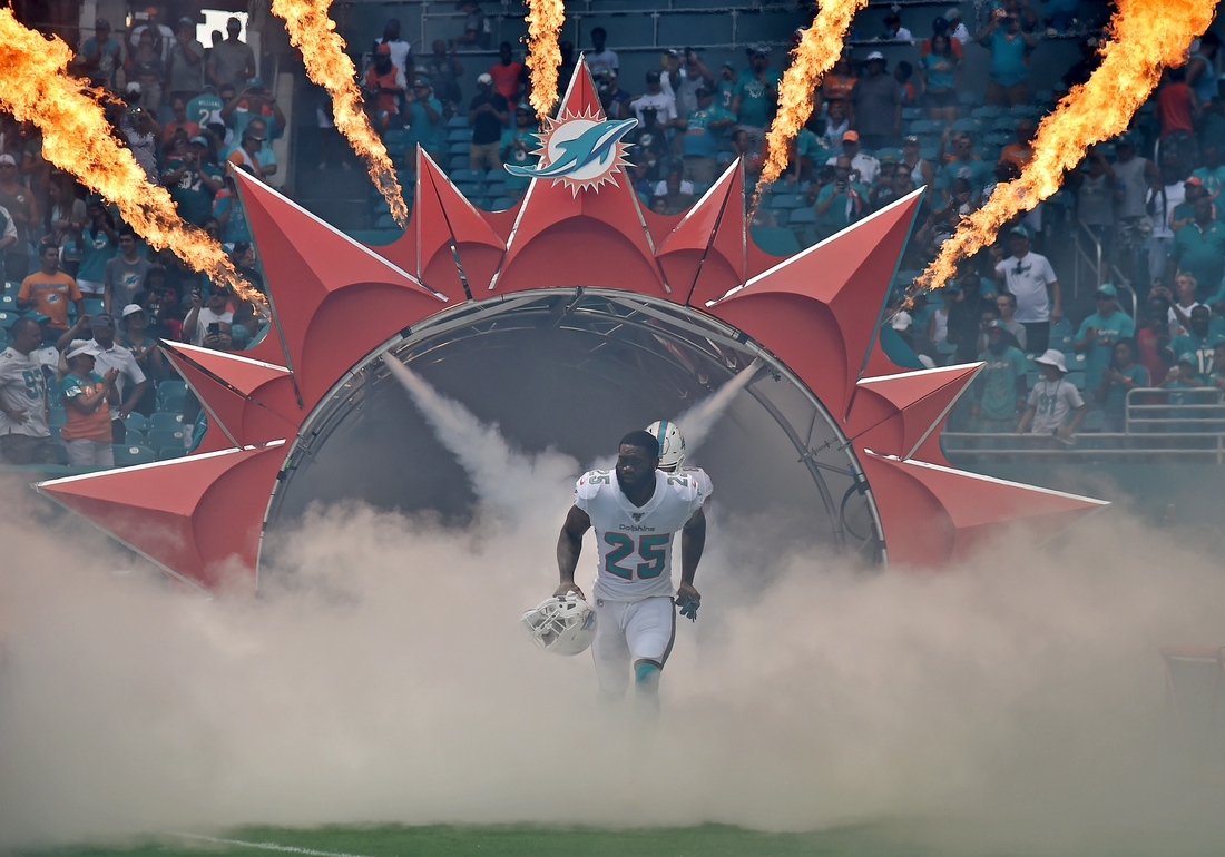 Sep 8, 2019; Miami Gardens, FL, USA; Miami Dolphins cornerback Xavien Howard (25) is introduced before a game against the Baltimore Ravens at Hard Rock Stadium. Mandatory Credit: Steve Mitchell-USA TODAY Sports
