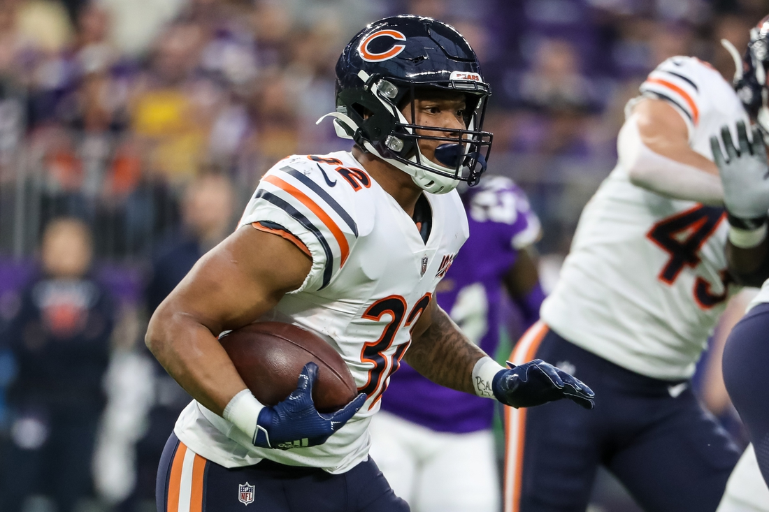 Dec 29, 2019; Minneapolis, Minnesota, USA; Chicago Bears running back David Montgomery (32) carries the ball during the first quarter against the Minnesota Vikings at U.S. Bank Stadium. Mandatory Credit: Brace Hemmelgarn-USA TODAY Sports