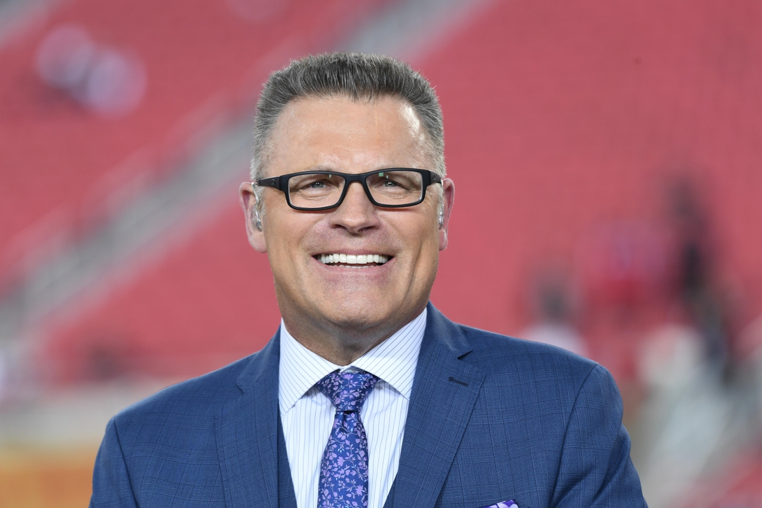 Jan 19, 2020; Santa Clara, CA USA; Howie Long before the NFC Championship Game between the San Francisco 49ers and Green Bay Packers at Levin's Stadium. Mandatory Credit: Kirby Lee-USA TODAY Sports