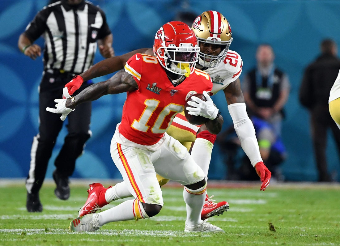 Feb 2, 2020; Miami Gardens, Florida, USA; San Francisco 49ers free safety Jimmie Ward (20) looks to tackle Kansas City Chiefs wide receiver Tyreek Hill (10) during the second quarter in Super Bowl LIV at Hard Rock Stadium. Mandatory Credit: Robert Deutsch-USA TODAY Sports