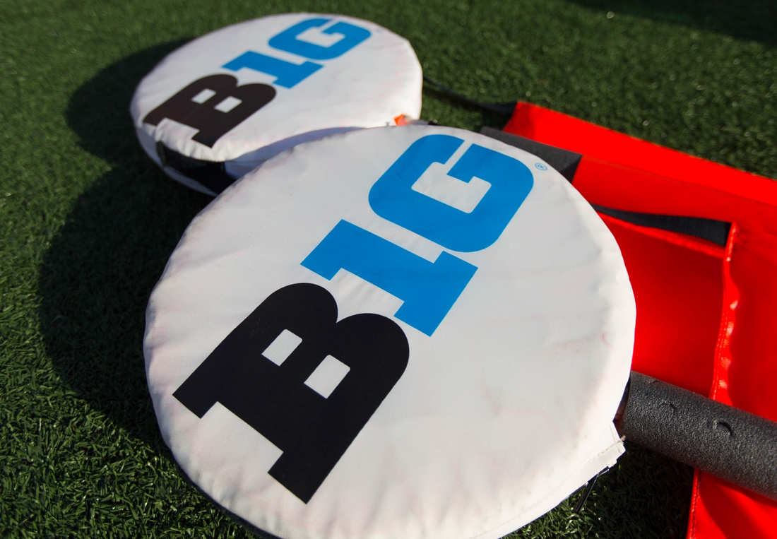 Nov 12, 2016; Madison, WI, USA;  Big Ten logos on yardage markers during warmups prior to the game between the Illinois Fighting Illini and Wisconsin Badgers at Camp Randall Stadium.  Wisconsin won 48-3.  Mandatory Credit: Jeff Hanisch-USA TODAY Sports
