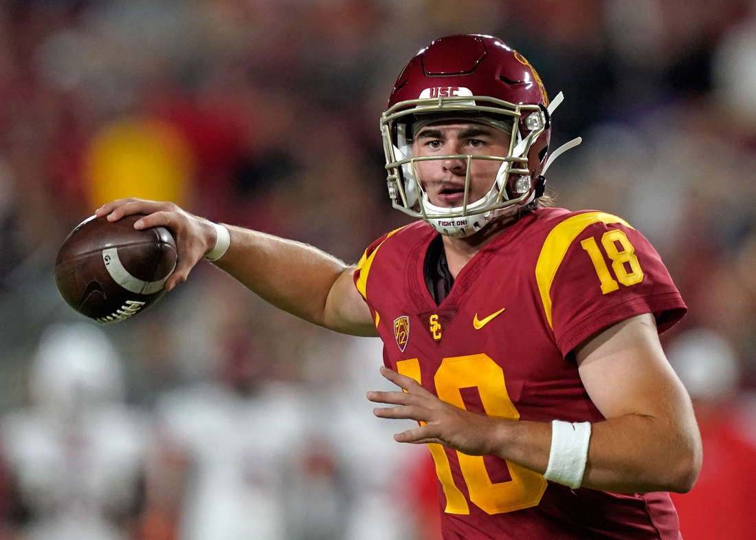 Aug 31, 2019; Los Angeles, CA, USA; Southern California Trojans quarterback JT Daniels (18) throws a pass against the Fresno State Bulldogs during the first quarter at Los Angeles Memorial Coliseum. Mandatory Credit: Kirby Lee-USA TODAY Sports