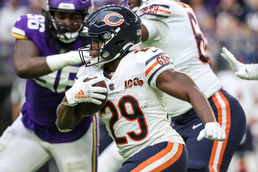 Dec 29, 2019; Minneapolis, Minnesota, USA; Chicago Bears running back Tarik Cohen (29) carries the ball during the second quarter against the Minnesota Vikings at U.S. Bank Stadium. Mandatory Credit: Brace Hemmelgarn-USA TODAY Sports