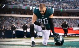 Jan 5, 2020; Philadelphia, Pennsylvania, USA; Philadelphia Eagles tight end Zach Ertz (86) before action against the Seattle Seahawks in a NFC Wild Card playoff football game at Lincoln Financial Field. Mandatory Credit: Bill Streicher-USA TODAY Sports
