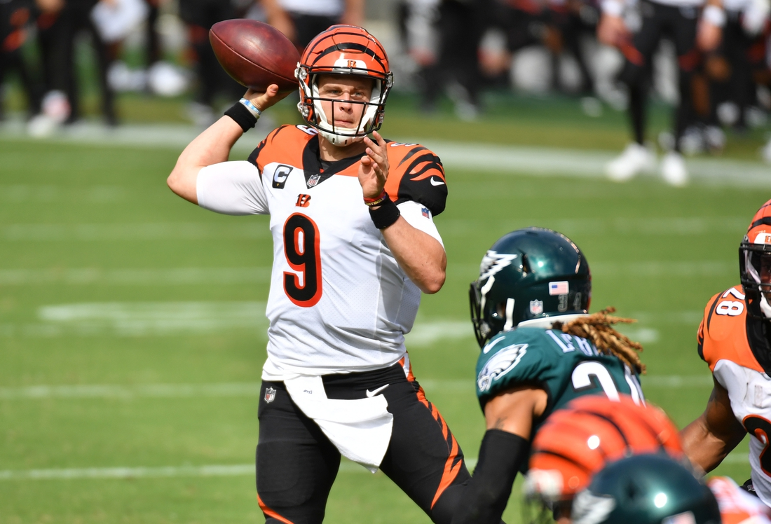 Sep 27, 2020; Philadelphia, Pennsylvania, USA; Cincinnati Bengals quarterback Joe Burrow (9) throws a touchdown  pass during the second quarter against the Philadelphia Eagles at Lincoln Financial Field. Mandatory Credit: Eric Hartline-USA TODAY Sports