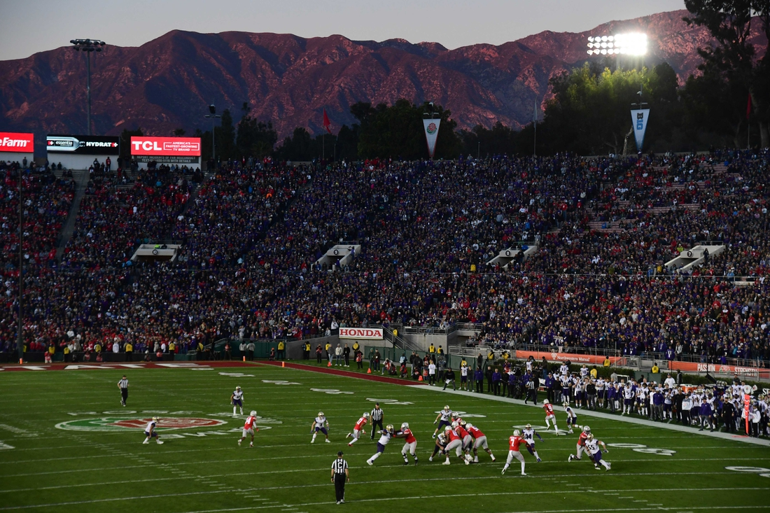 Jan 1, 2019; Pasadena, CA, USA; General overall view of the 2019 Rose Bowl between the Ohio State Buckeyes and the Washington Huskies at the Rose Bowl with the San Gabriel mountains as a backdropl. Ohio State defeated Washington 28-23. Mandatory Credit: Kirby Lee-USA TODAY Sports