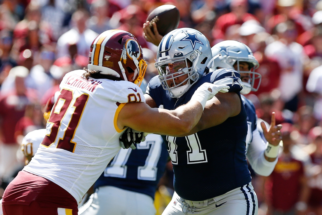 Sep 15, 2019; Landover, MD, USA; Dallas Cowboys offensive tackle La'el Collins (71) blocks against the Washington Redskins at FedExField. Mandatory Credit: Geoff Burke-USA TODAY Sports