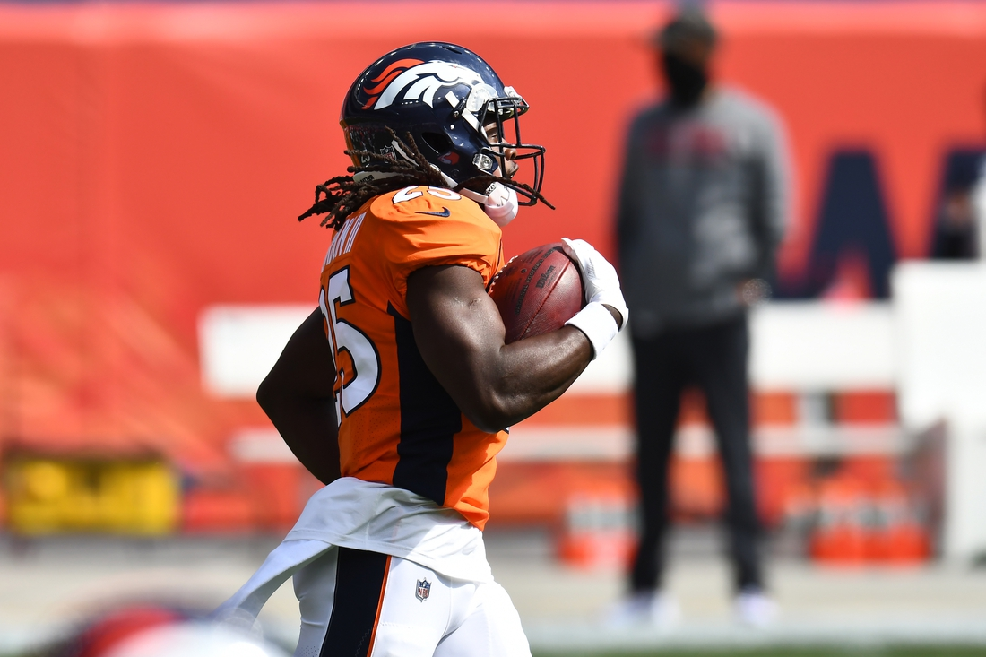 Sep 27, 2020; Denver, Colorado, USA; Denver Broncos running back Melvin Gordon (25) before the game against the Tampa Bay Buccaneers at Mile High. Mandatory Credit: Ron Chenoy-USA TODAY Sports