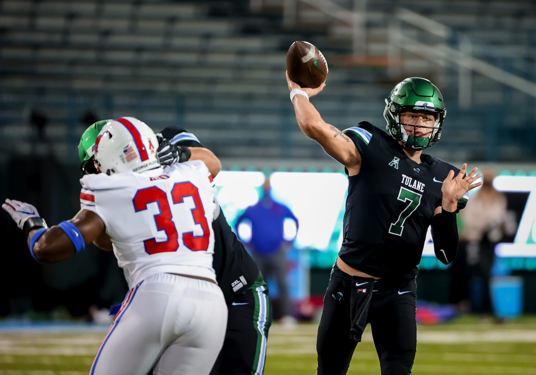 Oct 16, 2020; New Orleans, Louisiana, USA;  Tulane Green Wave quarterback Michael Pratt (7) throws against the Southern Methodist Mustangs during the first half at Yulman Stadium. Mandatory Credit: Derick E. Hingle-USA TODAY Sports