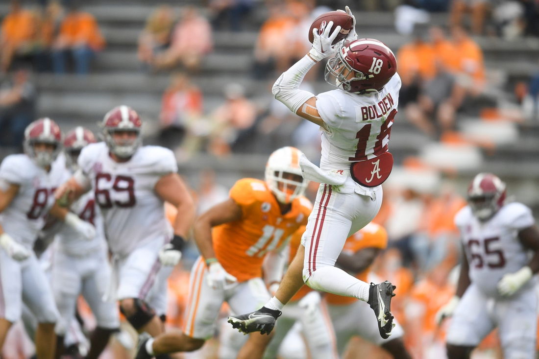 Oct 24, 2020; Knoxville, Tennessee, USA;   Alabama wide receiver Slade Bolden (18) makes a catch during a game between Alabama and Tennessee at Neyland Stadium in Knoxville, Tenn. on Saturday, Oct. 24, 2020. Mandatory Credit: Caitie McMekin-USA TODAY NETWORK