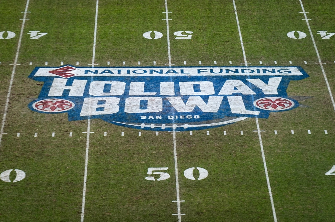 Dec 27, 2016; San Diego , CA, USA; General overall view of the National Funding Holiday Bowl logo at midfield during the 2016 Holiday Bowl between the Minnesota Golden Gophers and the Washington State Cougars at Qualcomm Stadium. Mandatory Credit: Kirby Lee-USA TODAY Sports