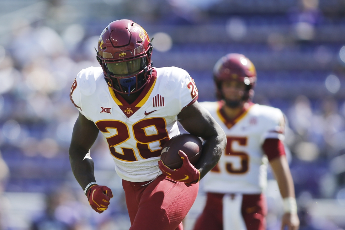 Sep 26, 2020; Fort Worth, Texas, USA;  Iowa State Cyclones running back Breece Hall (28)  runs the ball in the fourth quarter against the TCU Horned Frogs at Amon G. Carter Stadium. Mandatory Credit: Tim Heitman-USA TODAY Sports