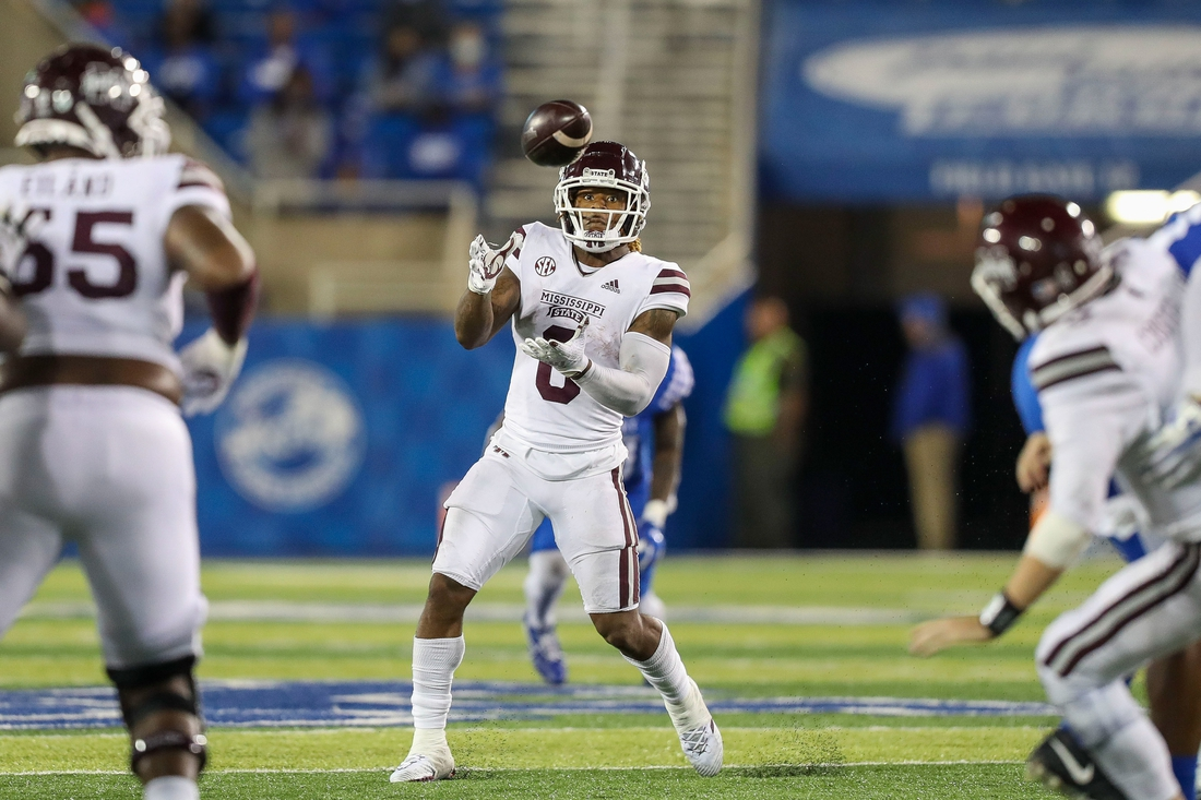 Oct 10, 2020; Lexington, Kentucky, USA; Mississippi State Bulldogs running back Kylin Hill (8) catches a ball against the Kentucky Wildcats in the second half at Kroger Field. Mandatory Credit: Katie Stratman-USA TODAY Sports