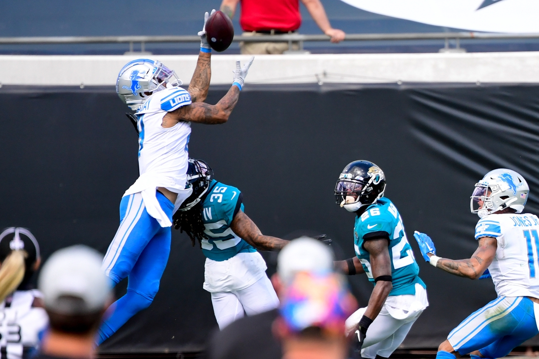 Oct 18, 2020; Jacksonville, Florida, USA; Detroit Lions wide receiver Kenny Golladay (19) makes a reception against the Jacksonville Jaguars during the second half at TIAA Bank Field. Mandatory Credit: Douglas DeFelice-USA TODAY Sports
