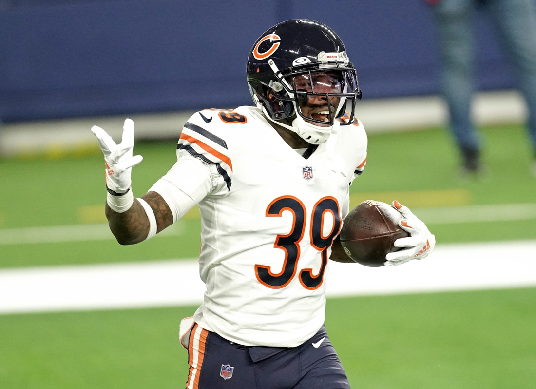 Oct 26, 2020; Inglewood, California, USA; Chicago Bears free safety Eddie Jackson (39) scores a touchdown from a fumble against the Los Angeles Rams during the second half at SoFi Stadium. Mandatory Credit: Kirby Lee-USA TODAY Sports