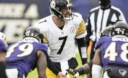 Nov 1, 2020; Baltimore, Maryland, USA;  Pittsburgh Steelers quarterback Ben Roethlisberger (7) calls a play at the line during the first half against the Baltimore Ravens at M&T Bank Stadium. Mandatory Credit: Tommy Gilligan-USA TODAY Sports