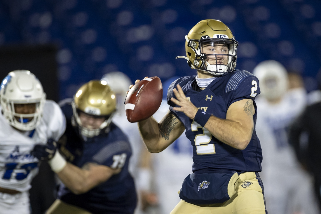 Nov 28, 2020; Annapolis, Maryland, USA; Navy Midshipmen quarterback Tyger Goslin (2) looks to pass against the Memphis Tigers during the first half at Navy-Marine Corps Memorial Stadium. Mandatory Credit: Scott Taetsch-USA TODAY Sports