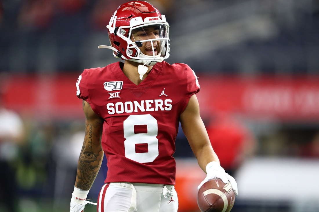 Dec 7, 2019; Arlington, TX, USA; Oklahoma Sooner receiver Trejan Bridges (8) prior to the game against the Baylor Bears in the 2019 Big 12 Championship Game at AT&T Stadium. Mandatory Credit: Matthew Emmons-USA TODAY Sports