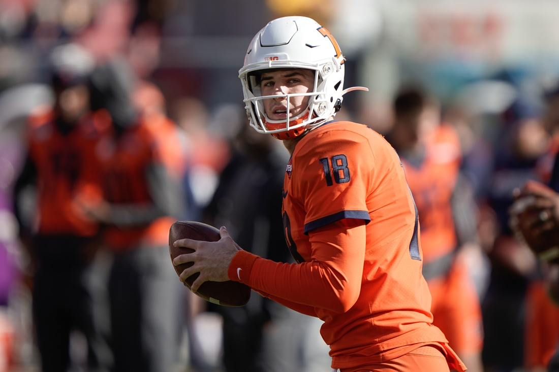 Dec 30, 2019; Santa Clara, California, USA;  Illinois Fighting Illini quarterback Brandon Peters (18) warms up before the game against the California Golden Bears at Levi's Stadium. Mandatory Credit: Stan Szeto-USA TODAY Sports