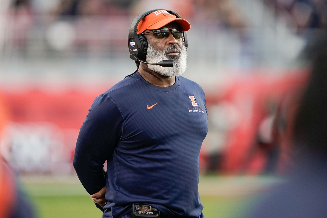 Dec 30, 2019; Santa Clara, California, USA;  Illinois Fighting Illini head coach Lovie Smith during the fourth quarter against the California Golden Bears at Levi's Stadium. Mandatory Credit: Stan Szeto-USA TODAY Sports