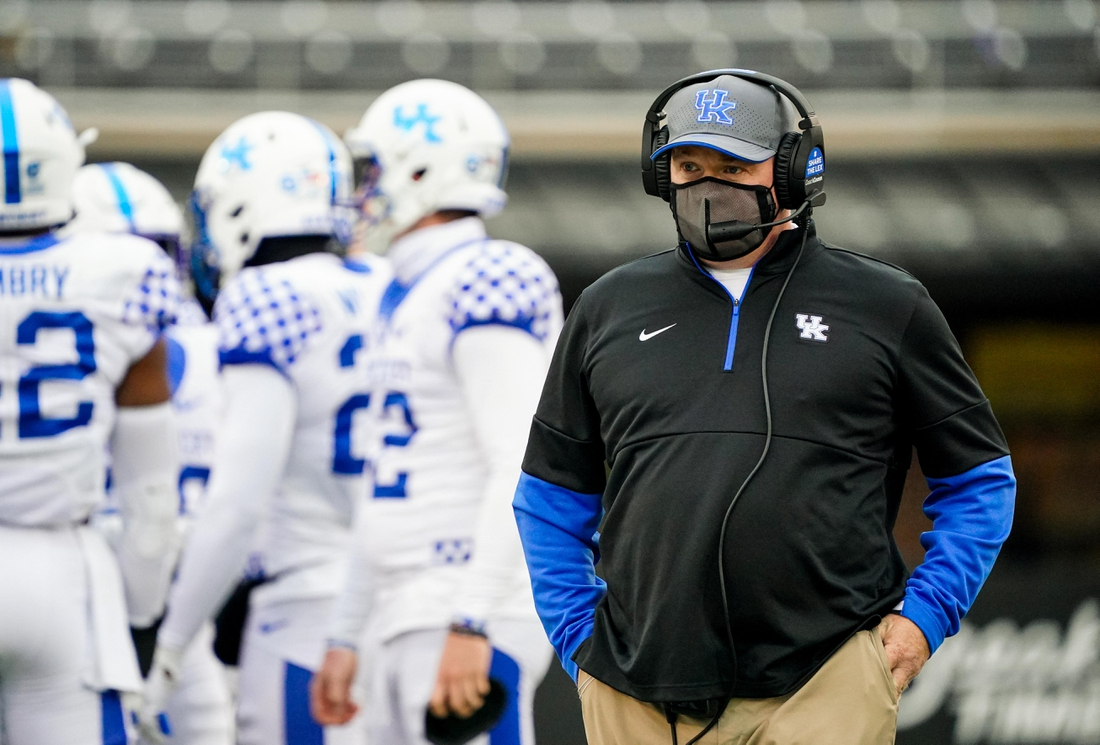 Oct 24, 2020; Columbia, Missouri, USA; Kentucky Wildcats head coach Mark Stoops looks on from the sideline during the second half against the Missouri Tigers at Faurot Field at Memorial Stadium. Mandatory Credit: Jay Biggerstaff-USA TODAY Sports