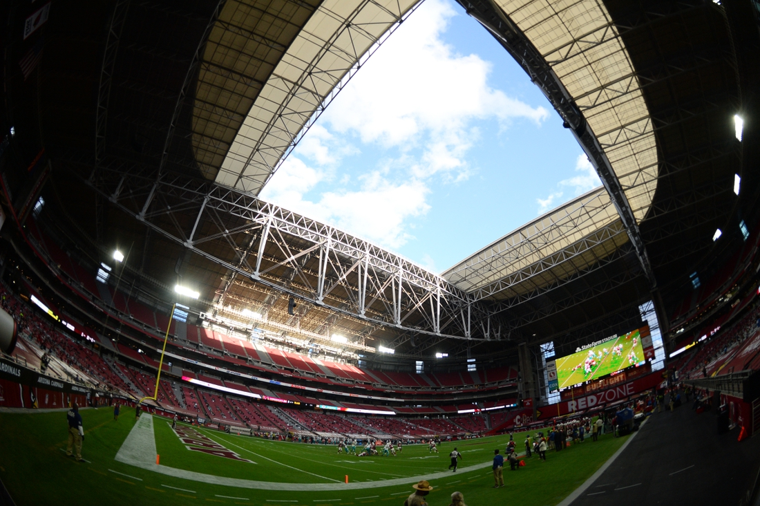 Nov 8, 2020; Glendale, Arizona, USA; General view of game action between the Arizona Cardinals and the Miami Dolphins during the second half at State Farm Stadium. Mandatory Credit: Joe Camporeale-USA TODAY Sports