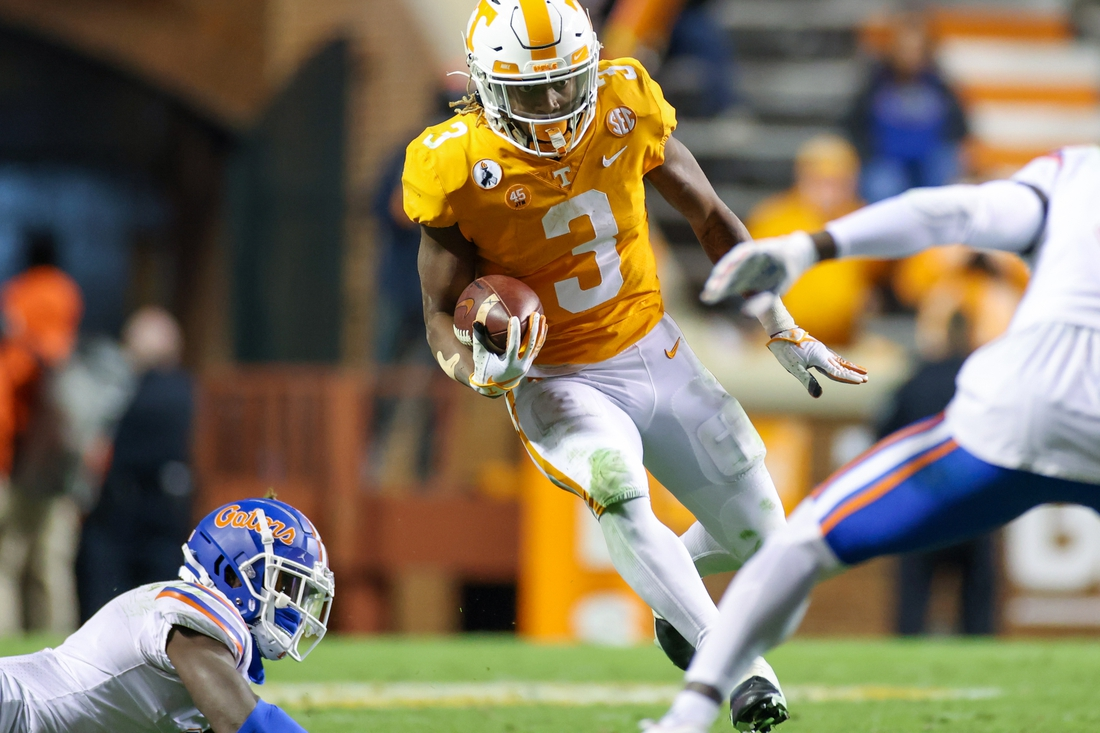 Dec 5, 2020; Knoxville, Tennessee, USA; Tennessee Volunteers running back Eric Gray (3) runs with the ball against the Florida Gators during the second half at Neyland Stadium. Mandatory Credit: Randy Sartin-USA TODAY Sports