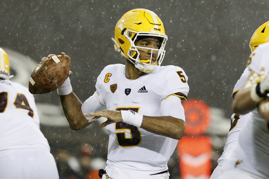 Dec 19, 2020; Corvallis, Oregon, USA; Arizona State Sun Devils quarterback Jayden Daniels (5) looks to throw against the Oregon State Beavers during the first half at Reser Stadium. Mandatory Credit: Soobum Im-USA TODAY Sports