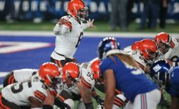 Dec 20, 2020; East Rutherford, New Jersey, USA; Cleveland Browns quarterback Baker Mayfield (6) gestures at the line against the New York Giants during the third quarter at MetLife Stadium. Mandatory Credit: Brad Penner-USA TODAY Sports