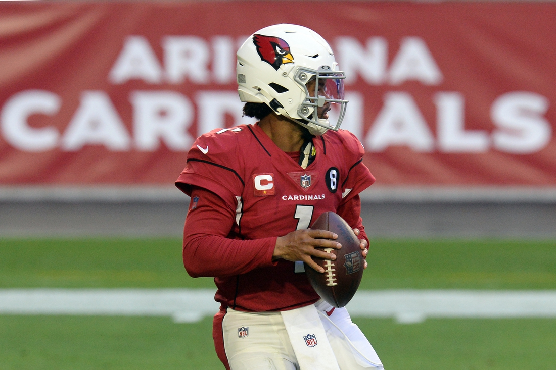 Dec 26, 2020; Glendale, Arizona, USA; Arizona Cardinals quarterback Kyler Murray (1) drops back to pass against the San Francisco 49ers during the first half at State Farm Stadium. Mandatory Credit: Joe Camporeale-USA TODAY Sports