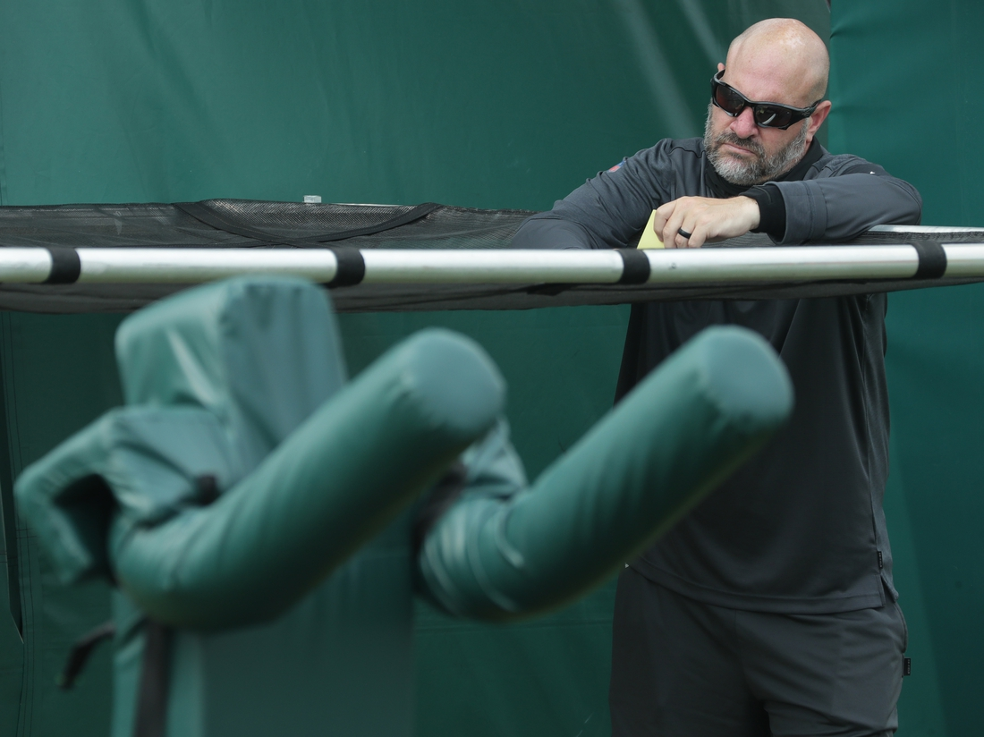 Aug 24, 2020; Milwaukee, WI, USA;   Green Bay Packers defensive coordinator Mike Pettine is shown Monday, August 24, 2020 during the team's training camp in Green Bay, Wis.  Mandatory Credit:  Mark Hoffman/Milwaukee Journal Sentinel-USA TODAY NETWORK