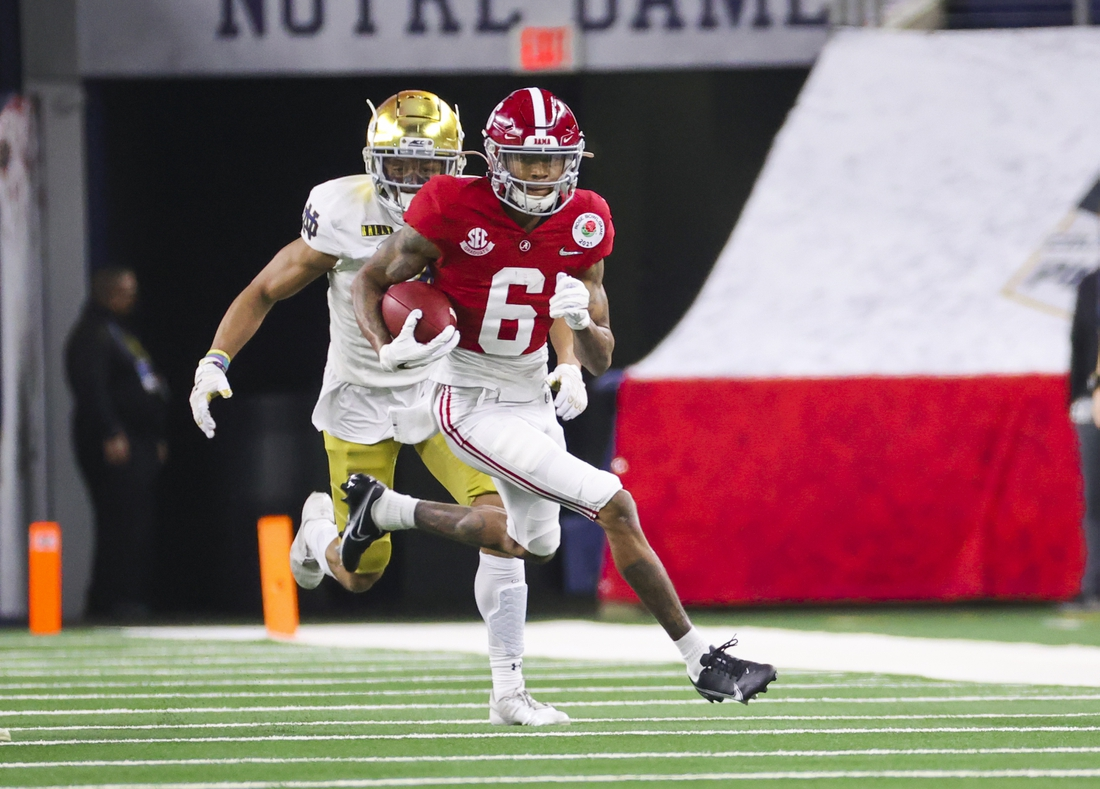 Jan 1, 2021; Arlington, TX, USA; Alabama Crimson Tide wide receiver DeVonta Smith (6) in action during the game against the Notre Dame Fighting Irish at AT&T Stadium. Mandatory Credit: Kevin Jairaj-USA TODAY Sports