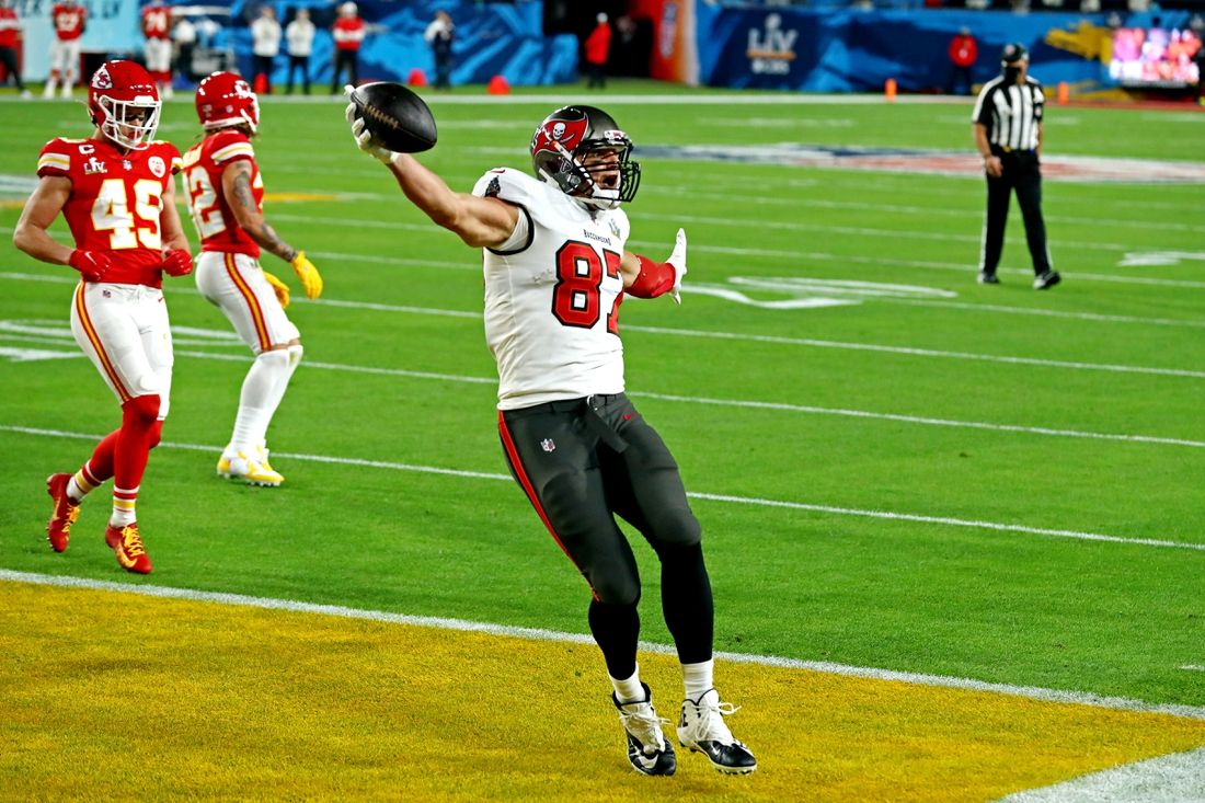 Feb 4, 2020; Tampa, FL, USA;  Tampa Bay Buccaneers tight end Rob Gronkowski (87) celebrates scoring a touchdown during the first quarter against the Kansas City Chiefs in Super Bowl LV at Raymond James Stadium.  Mandatory Credit: Matthew Emmons-USA TODAY Sports