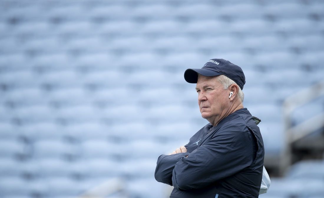 Sept 12, 2020, Chapel Hill, NC, USA; North Carolina head coach Mack Brown watches his team warm up for the Tar Heels' game against Syracuse on Saturday, September 12, 2020 in Chapel Hill, N.C.. Mandatory credit: Robert Willett/Pool Photo via USA TODAY Sports