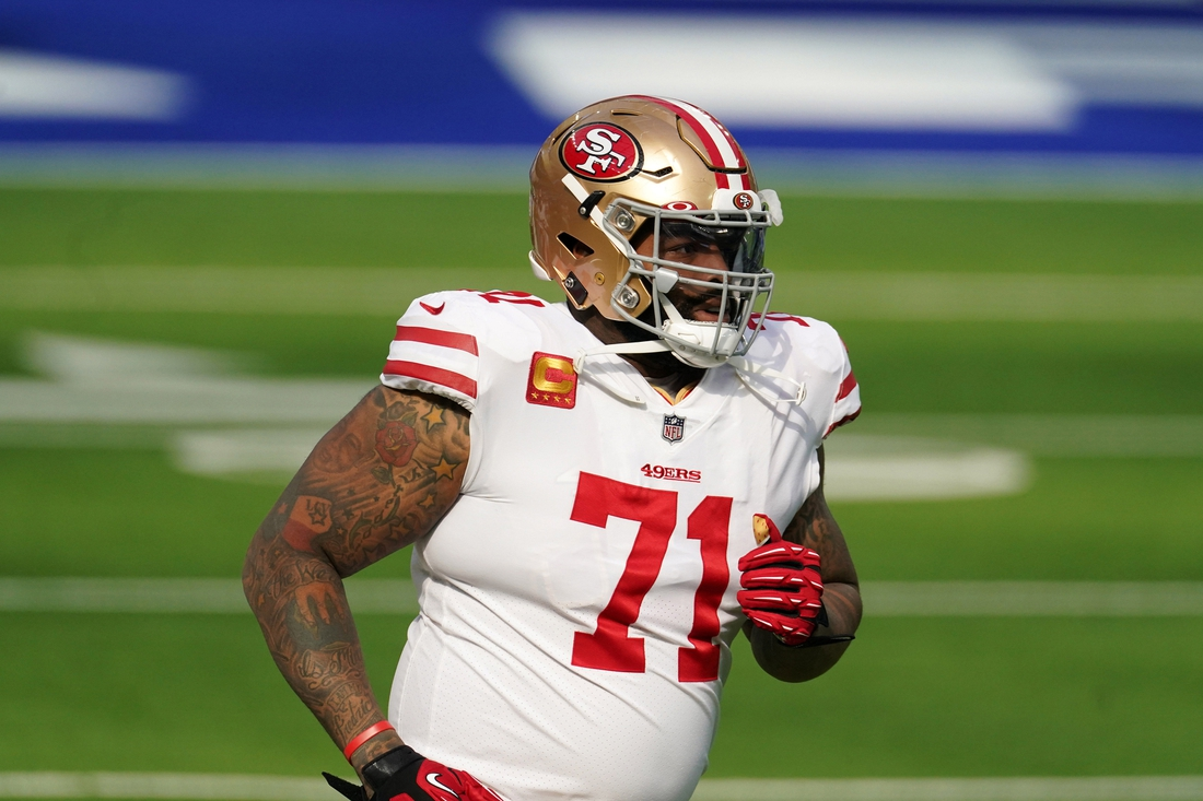 Nov 29, 2020; Inglewood, California, USA; San Francisco 49ers offensive tackle Trent Williams (71) before the game against the Los Angeles Rams  at SoFi Stadium. Mandatory Credit: Kirby Lee-USA TODAY Sports