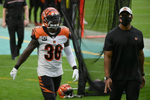 Dec 6, 2020; Miami Gardens, Florida, USA; Cincinnati Bengals strong safety Shawn Williams (36) leaves the field after being ejected from the game against the Miami Dolphins during the second half at Hard Rock Stadium. Mandatory Credit: Jasen Vinlove-USA TODAY Sports