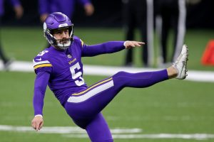 Dec 25, 2020; New Orleans, Louisiana, USA; Minnesota Vikings kicker Dan Bailey (5) warms up before their game against the New Orleans Saints at the Mercedes-Benz Superdome. Mandatory Credit: Chuck Cook-USA TODAY Sports