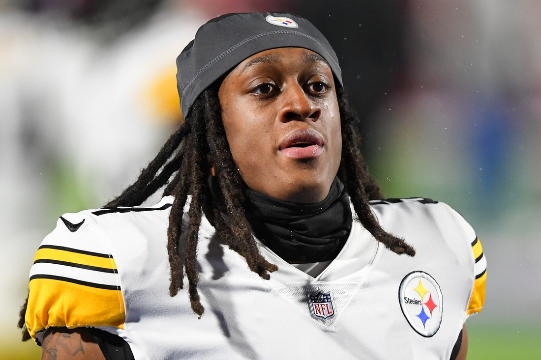 Dec 13, 2020; Orchard Park, New York, USA; Pittsburgh Steelers strong safety Terrell Edmunds (34) prior to the game against the Buffalo Bills at Bills Stadium. Mandatory Credit: Rich Barnes-USA TODAY Sports