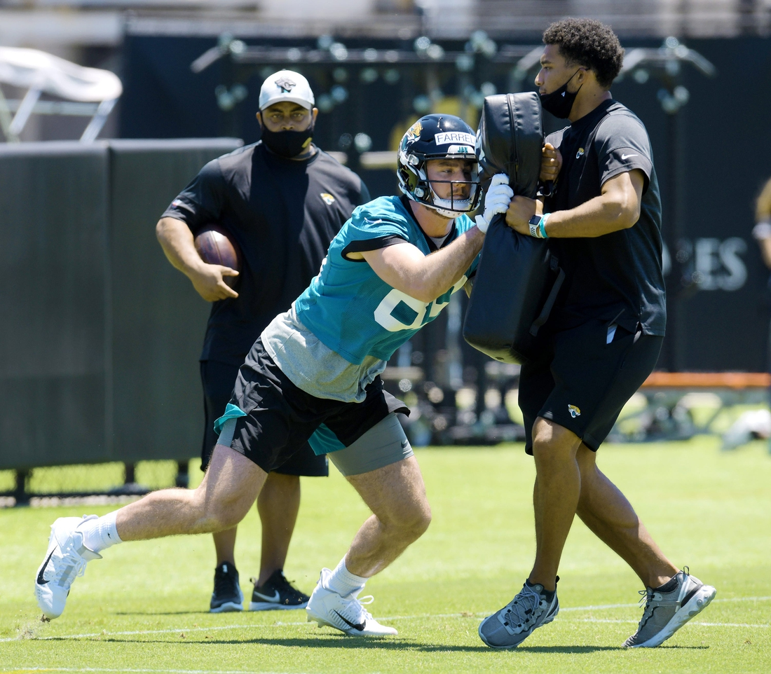Jaguars tight end #89, Luke Farrell during drills at Saturday's Rookie Minicamp. The Jacksonville Jaguars held their Saturday 2021 Rookie Minicamp session at the practice fields outside TIAA Bank Field Saturday, May 15, 2021.  Jki 051521 Jaguarsrookiecamp 23