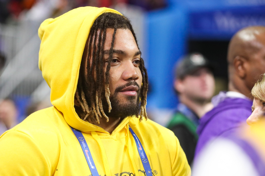 Dec 28, 2019; Atlanta, Georgia, USA; Washington running back Derrius Guice before the 2019 Peach Bowl college football playoff semifinal game between the LSU Tigers and the Oklahoma Sooners at Mercedes-Benz Stadium. Mandatory Credit: Jason Getz-USA TODAY Sports