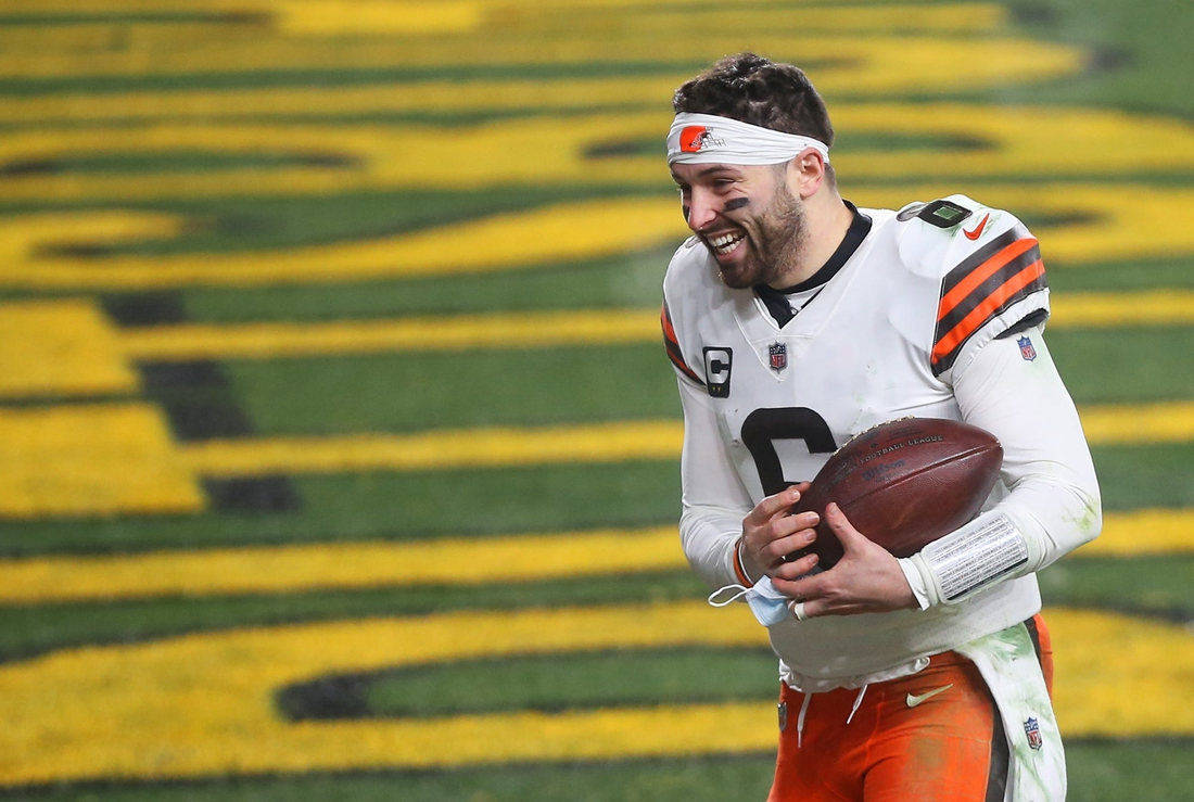 Browns quarterback Baker Mayfield (6) rushes back to the locker room after beating the Pittsburgh Steelers in an NFL wild-card playoff football game, Sunday, Jan. 10, 2021, in Pittsburgh, Pennsylvania. [Jeff Lange/Beacon Journal]  Browns Extras 10