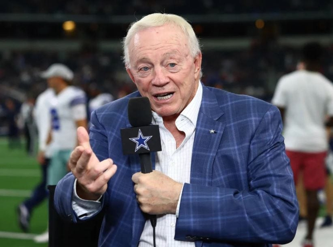 Dallas Cowboys owner Jerry Jones is moving toward the right side of history.  Art 0816 Jerry Jones