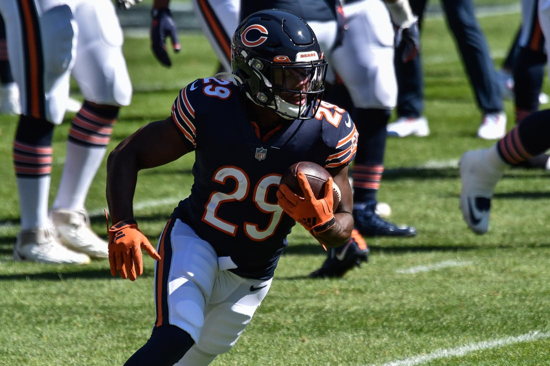 Sep 20, 2020; Chicago, Illinois, USA; Chicago Bears running back Tarik Cohen (29) warms up before the game against the New York Giants at Soldier Field. Mandatory Credit: Jeffrey Becker-USA TODAY Sports