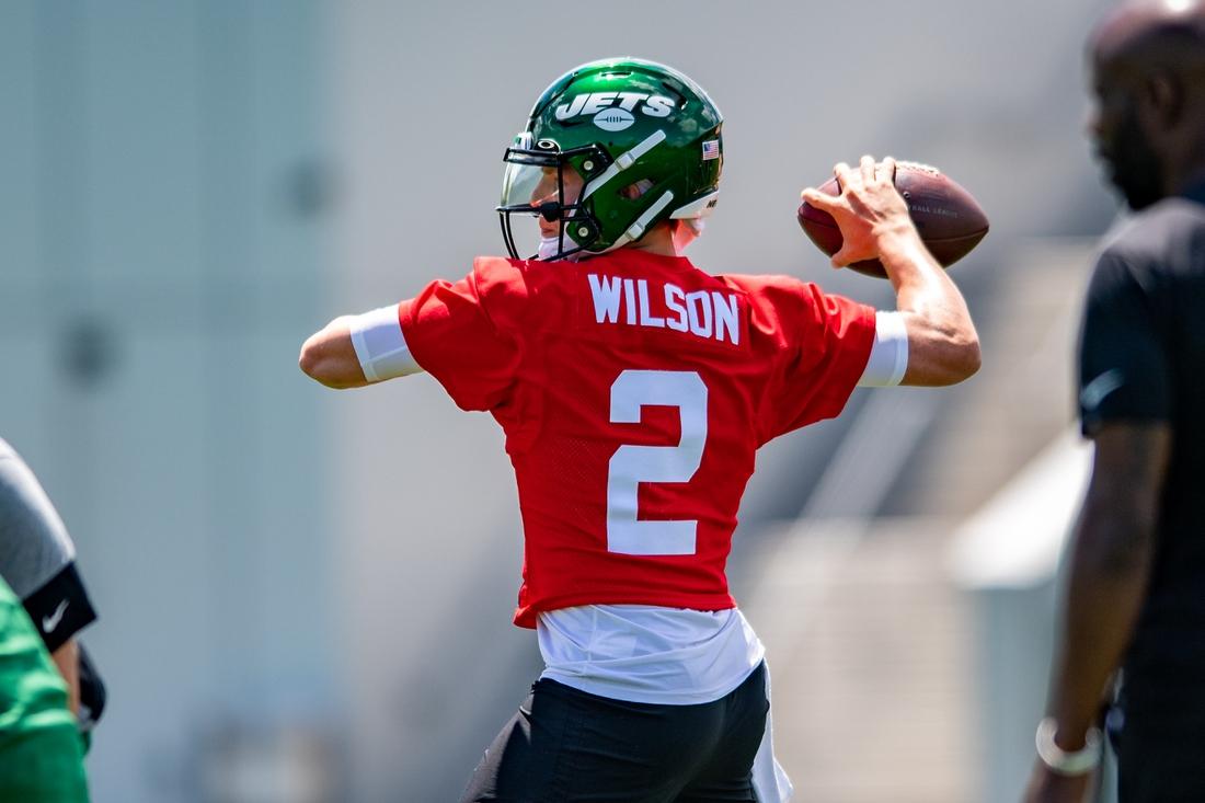 May 27, 2021; Florham Park, NJ, USA; New York Jets quarterback Zach Wilson (2) throws a pass during an OTA at Jets Atlantic Health Training Center. Mandatory Credit: John Jones-USA TODAY Sports