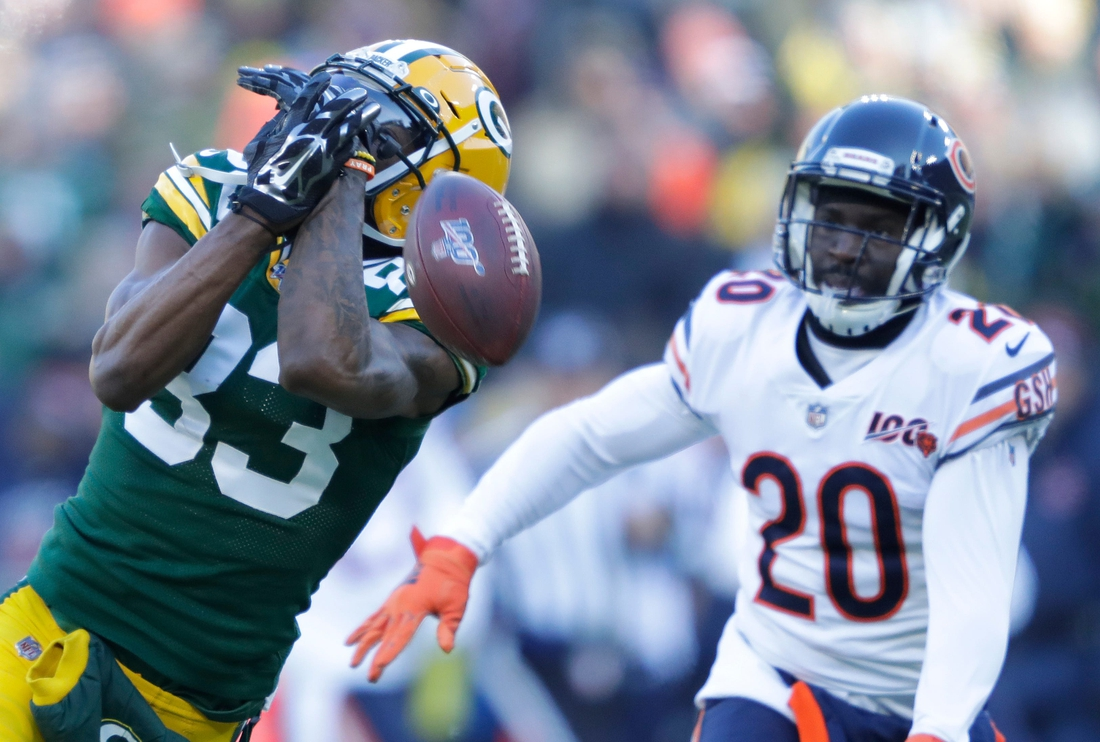 Green Bay Packers wide receiver Marquez Valdes-Scantling (83) drops a pass in the first quarter as he is covered by Chicago Bears cornerback Prince Amukamara (20) Sunday, December 15, 2019, at Lambeau Field in Green Bay, Wis. Dan Powers/USA TODAY NETWORK-Wisconsin  Apc Packvsbears 1215190265