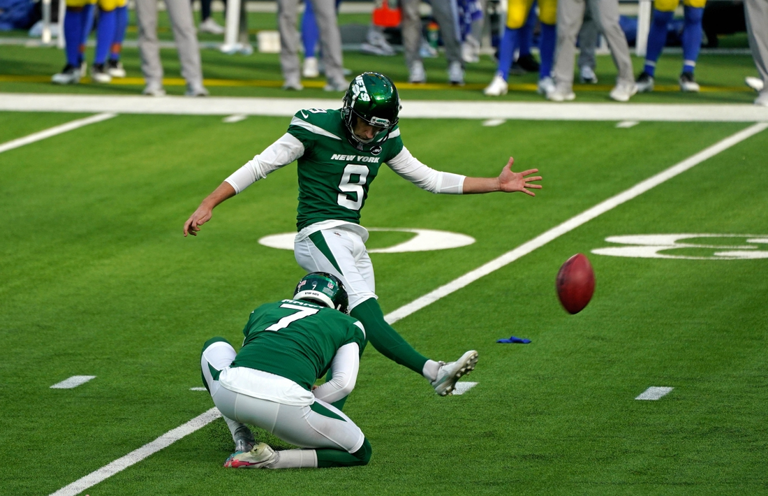 Dec 20, 2020; Inglewood, California, USA; New York Jets kicker Sam Ficken (9) kicked a field goal against the Los Angeles Rams during the first half at SoFi Stadium. Mandatory Credit: Kirby Lee-USA TODAY Sports