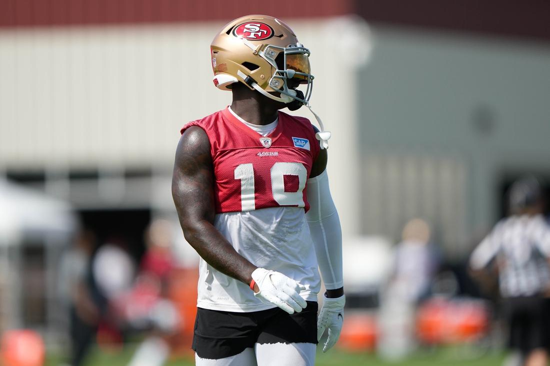 Jul 28, 2021; Santa Clara, CA, USA;  San Francisco 49ers wide receiver Deebo Samuel (19) warms up before training camp at the SAP Performance Facility.  Mandatory Credit: Stan Szeto-USA TODAY Sports
