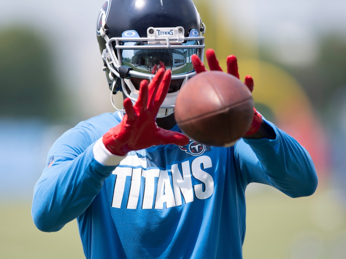 Tennessee Titans wide receiver Julio Jones (2) pulls in a catch off of the Jugs machine after a training camp practice at Saint Thomas Sports Park Thursday, July 29, 2021 in Nashville, Tenn.Nas 0728 Titans Camp 027