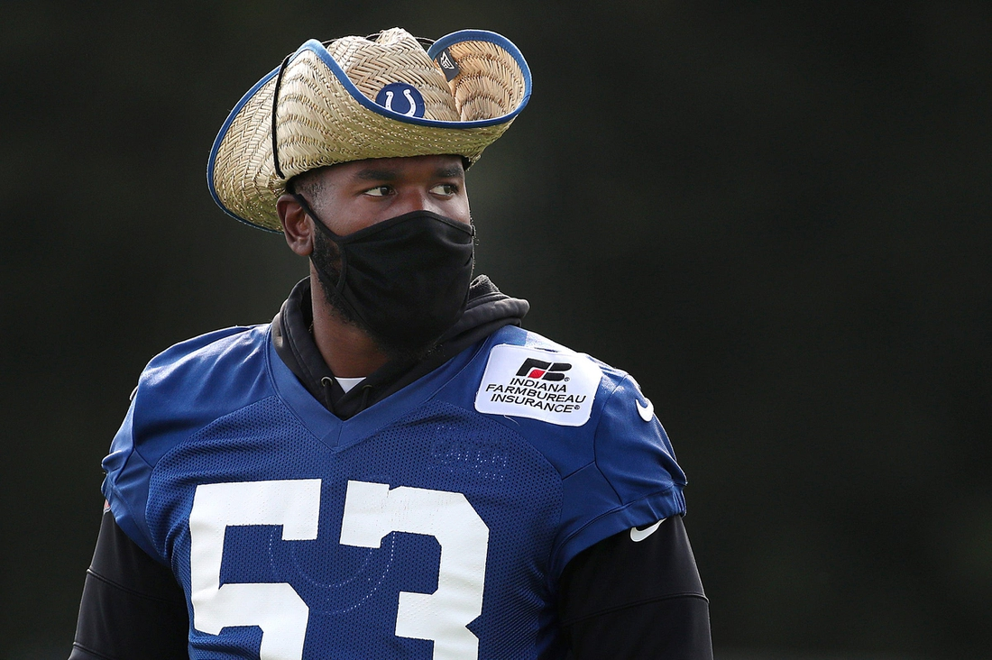 Indianapolis Colts outside linebacker Darius Leonard (53) wears a straw cowboy hat during training camp Saturday, Aug. 7, 2021, at Grand Park in Westfield, Ind.  Indianapolis Colts Training Camp At Grand Park In Westfield Indiana Saturday August 7 2021